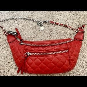Express quilted fanny pack